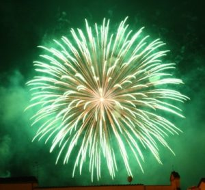 amazing-fireworks-display-green